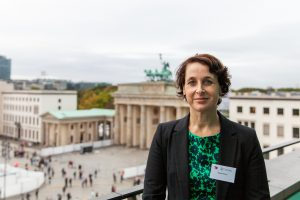 LRM EXPORT 61884684739724 20181004 134719573 300x200 - Trialog: Scientists and practitioners discussed immigration to Berlin